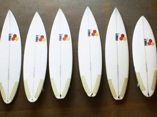 surfboards_20100916073649_JPG