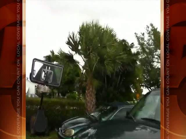 YouReport: Stormy winds in Jupiter 08/25/11