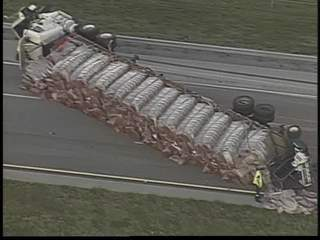 Tractor trailer crash blocks turnpike