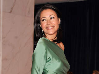 ann_curry_20120628074520_JPG
