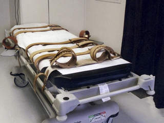 lethal_injection_death_penalty_chair_20130208055317_JPG