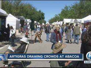 Artigras draws crowds to Abacoa