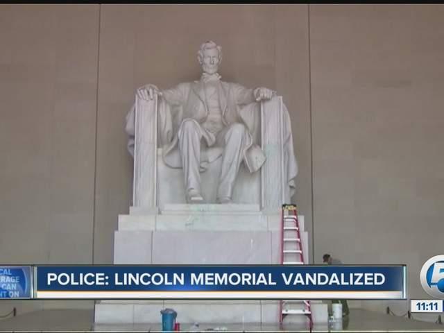 Lincoln Memorial Vandalized No Boundaries Anymore Wptv Com