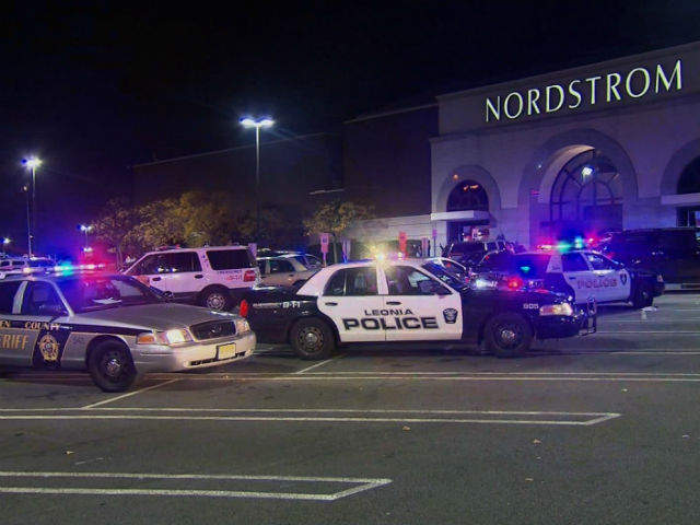 Richard Shoop Gunman Dead After Opening Fire At Westfield Garden State Plaza Mall In New Jersey