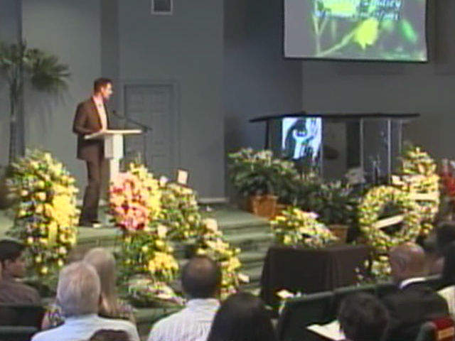 Memorial Service Held In Honor Of Kimberly Lindsey