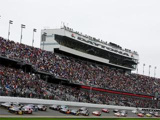 Denny Hamlin, gana la carrera Daytona 500