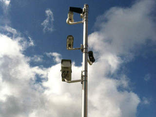 Boynton Beach keeps red light cameras