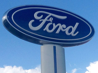Test drive a Ford to help veterans
