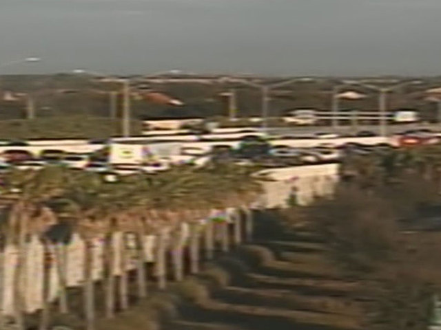 3 lanes blocked on I-95 NB at Palm Beach Lakes