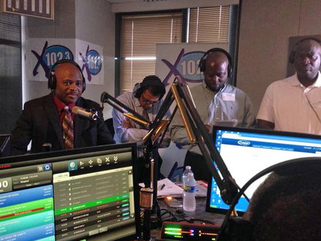 X102.3 holds Town Hall meeting on Corey Jones ...