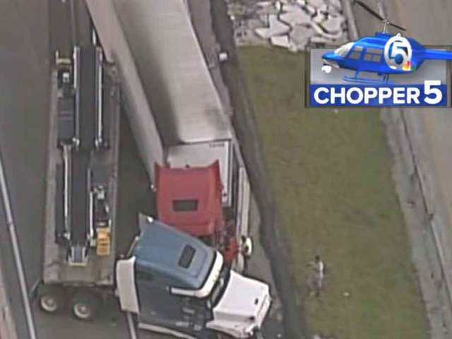 All lanes blocked on I-95 SB in Indian River Co.