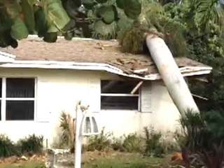 Cleanup continues after tornado hits Hobe Sound