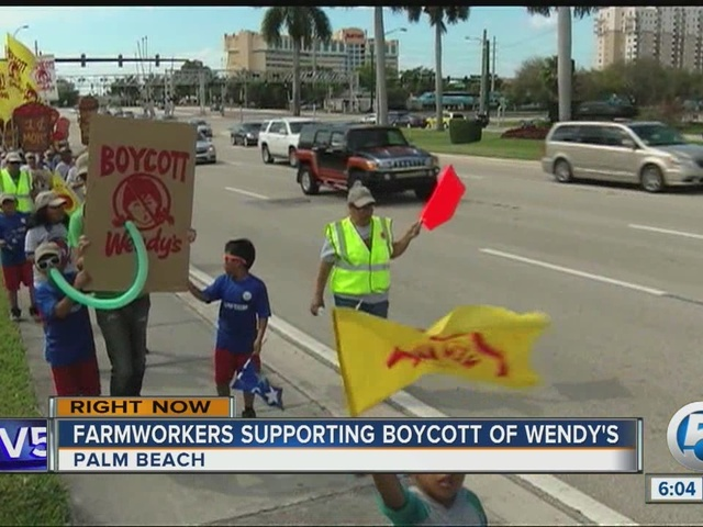 Group protests Wendy's over price of tomatoes
