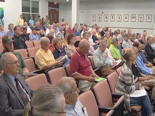 Business hurt by Lake O releases meet with state