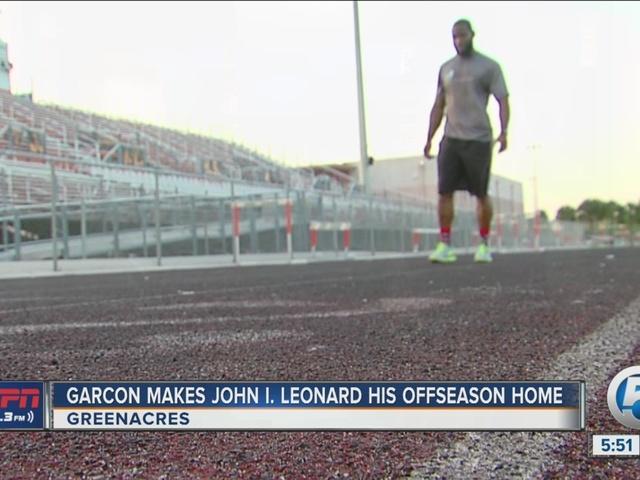 Pierre Garcon spends offseason at John I. Leonard