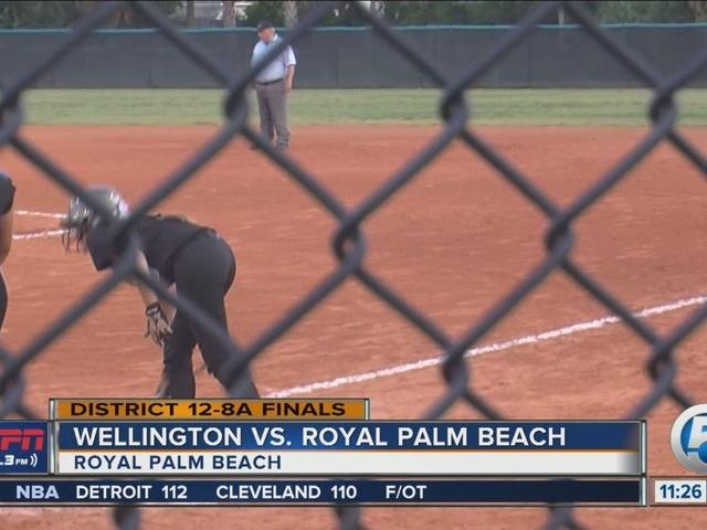 Wellington softball wins district title