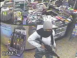 Armed men rob Lake Park store