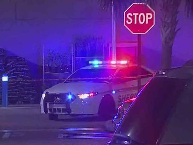 Man shot at Greenacres Walmart