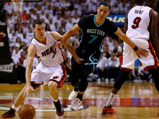 Miami Heat roll past Hornets in Game 7, 106-73