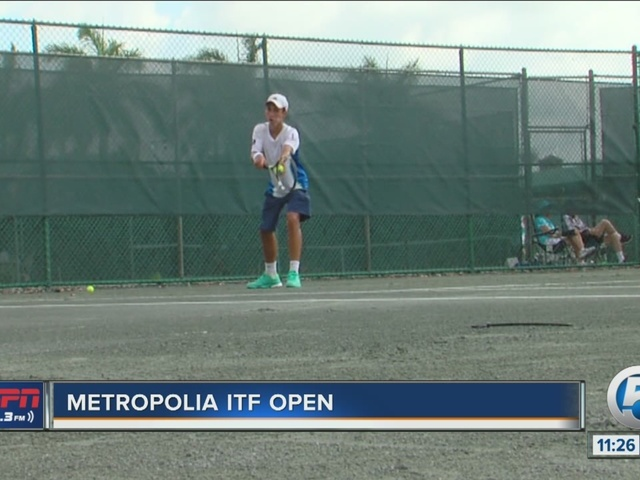 Play begins at the Metropolia ITF Open