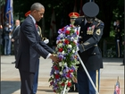 Obama marks Memorial Day at Arlington Cemetery