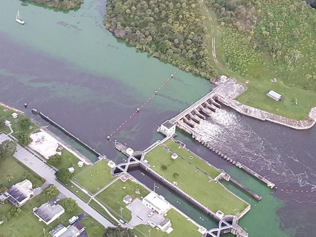 Martin County tourism leaders scramble as algae spreads