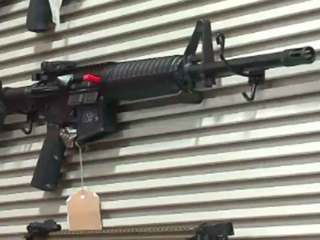 Store raffles assault rifle for Orlando victims