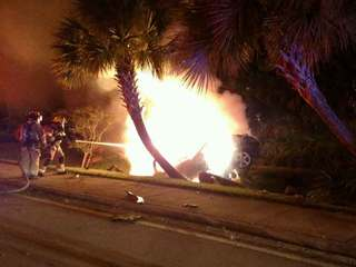 Fiery wreck kills person in Indian River County