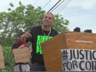 Protestors rally for Corey Jones