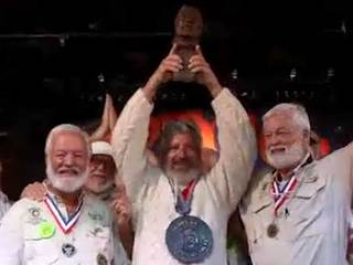 Hemingway (no relation) wins look-alike contest