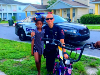 Kindhearted officer replaces stolen bike