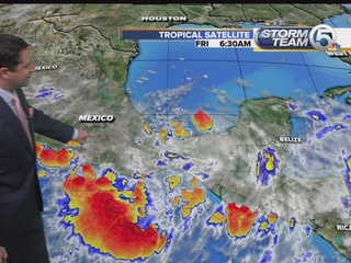 Tropical Storm Earl drenches southern Mexico