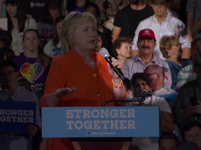 [Image: WPTV-Mateen-behind-Clinton-highlighted_1...40_480.jpg]