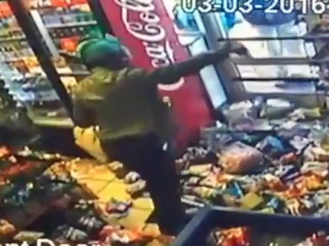 Video shows woman trashing Jacksonville gas station