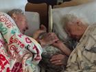 Emotional photo of elderly couple goes viral