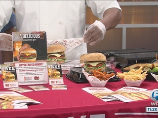 Royal Palm restaurant helping fight hunger