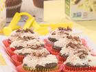 Pumpkin cupcakes + Vanilla frosting (9/15/16)
