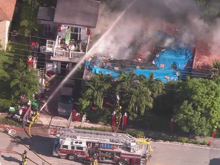 House catches fire in Riviera Beach