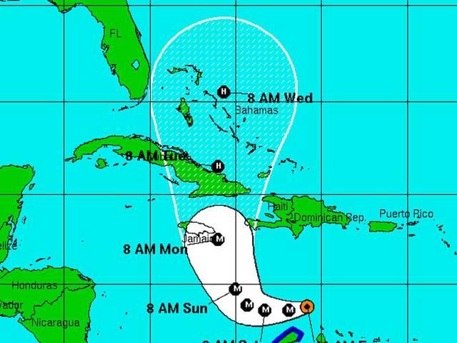 Matthew strengthens to a major Cat 3 hurricane