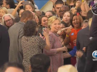 Actor rallies Clinton voters at FAU