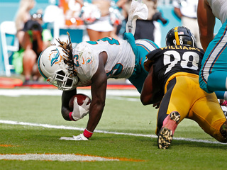 Dolphins pull off upset victory over Steelers