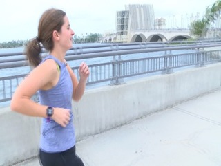 West Palm Beach Police hold runner safety class