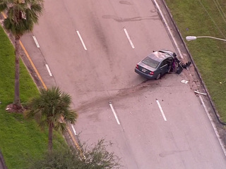 Woman dies in Boca Raton traffic crash