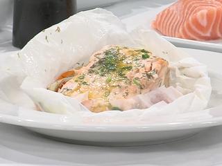 Salmon in parchment paper recipe (11/21/16)