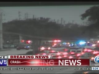 Crash shuts down road in Lake Worth