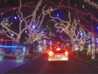 PBG Christmas lights show brings in hundreds