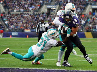 Dolphins' winning streak ends in Baltimore