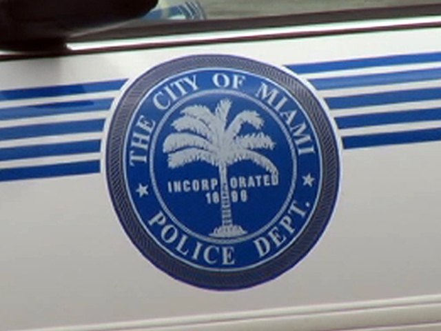 Miami police officer accused of pulling people over and robbing them