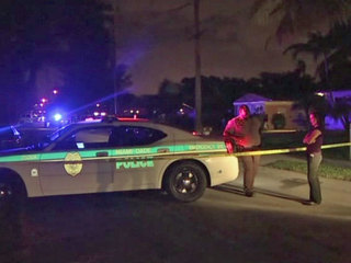 7 shot, including 3 teens, outside Miami home