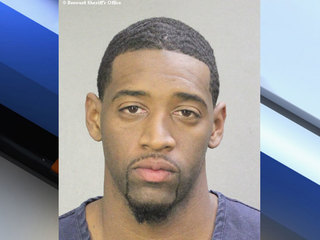Cops: Ex-NBA player lurked into homes